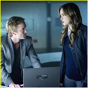 Danielle Panabaker Dishes on Saying Goodbye To Tom Felton for 'The Flash' Season 4
