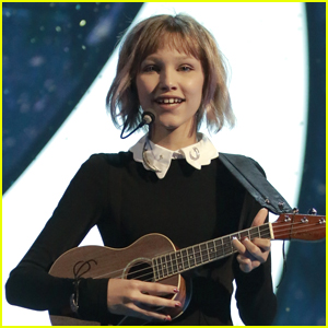 Grace VanderWaal Covers Taylor Swift's 'Look What You Made Me Do' (Video)