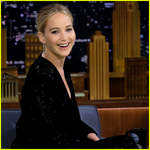 Jennifer Lawrence Is a Great Archer, But Not a Great Axe Thrower! (Video)