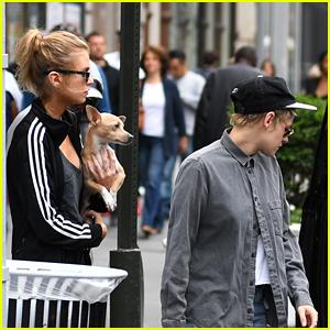 Kristen Stewart & Stella Maxwell Grab Lunch in NYC
