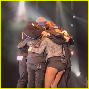 Pentatonix Pay Tribute To Avi Kaplan On Stage During Their Last Concert Together (Video)