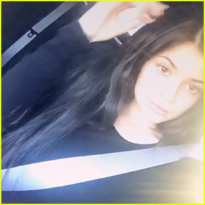 Kylie Jenner's Latest Snapchats Give a Peek at Her Baby Bump