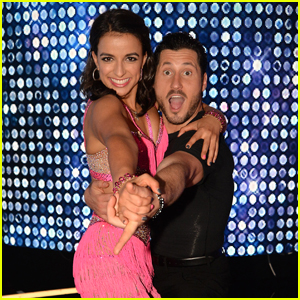 Victoria Arlen Wore Pink For the DWTS 25 Premiere For This Special Reason