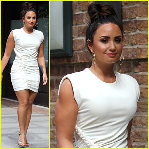 Demi Lovato Has Such Chic Street Style!