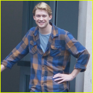 Joe Alwyn Makes Rare Appearance While Filming 'Boy Erased'