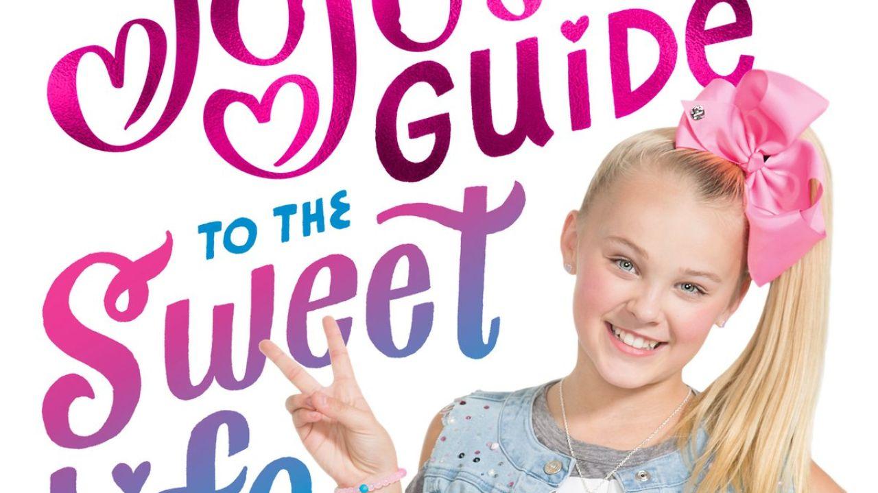 Jojo Siwa Celebrates The Release Of Her Book Jojo S Guide