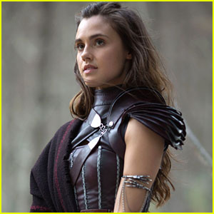 Poppy Drayton Says 'Amberle Is Always With You' To Fans Ahead of 'Shannara Chronicles' Premiere