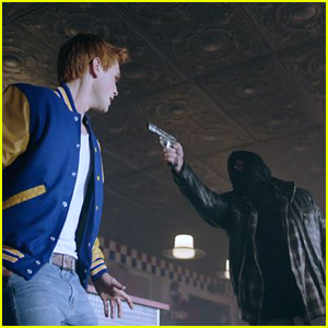 Archie Calling Out Black Hood In That Video Isn't The Dumbest Idea, 'Riverdale' Showrunner Teases