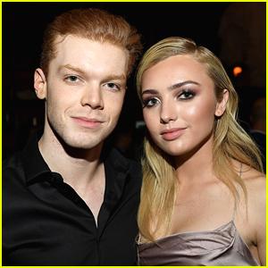 camron și peyton dating)