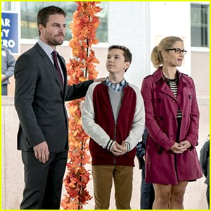 Emily Bett Rickards & Stephen Amell Tease 'Arrow's Thanksgiving Themed Episode