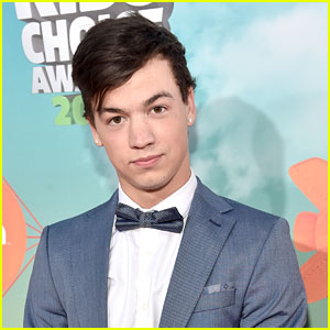 Taylor Caniff Shares Throwback Shirtless Photo with Cameron Dallas & Shawn Mendes