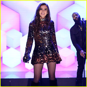 Hailee Steinfeld Gives Epic 'Let Me Go' Performance on 'Fallon' - Watch!