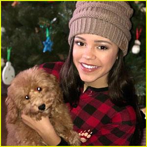 Jenna Ortega Got Adorable Labradoodle Puppy For Christmas