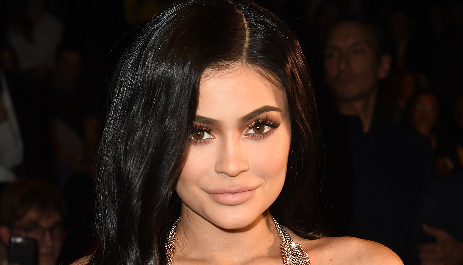 Kylie Jenner Completely Missing from Kardashian Christmas Card 2017 ...