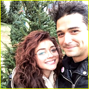 Sarah Hyland & Boyfriend Wells Adams Get Their First Christmas Tree Together