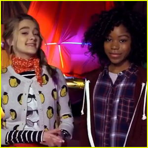 Lizzy Greene Riele Downs Go Behind The Scenes Of Tiny Christmas