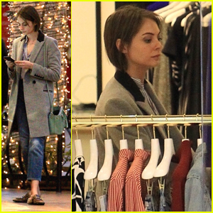 Willa Holland Does A Little Holiday Shopping Before 'Arrow's Mid-Season Finale