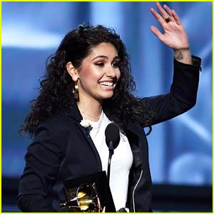 Alessia Cara Is Grammys 2018's Best New Artist!