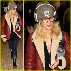 Emily Bett Rickards Arrives in Utah Ahead of 'Funny Story' Premiere at Slamdance