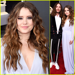 'Kevin Can Wait' Star Taylor Spreitler Supports Kaleo at Grammys 2018