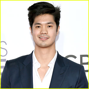 13 Reasons Why's Ross Butler Shows Off Ripped Shirtless Body In New Photo