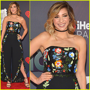 Gabbie Hanna Joins Trevor Jackson & 'This Is Us' Stars at iHeartRadio Music Awards 2018