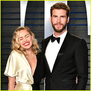 Miley Cyrus Makes Cutest Face Ever With Liam Hemsworth at Oscars After-Party