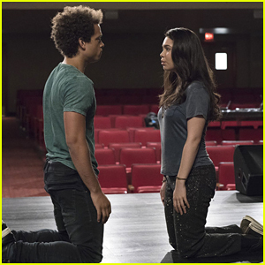 Rise's Auli'i Cravalho & Damon J. Gillespie Talk Those 'Glee' Comparisons
