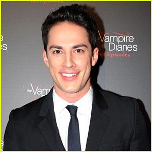 Vampire Diaries' Michael Trevino Joins 'Roswell' Reboot!