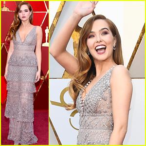 Zoey Deutch Represents Red Carpet Green Dress at Oscars 2018!
