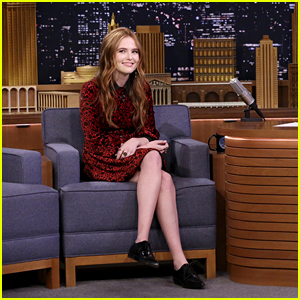 Zoey Deutch Can Do Something Crazy With Her Face - Watch!