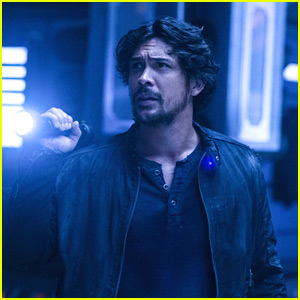 Bob Morley Dishes On Just Who Bellamy Is Thinking About In Space on 'The 100'