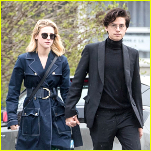 Cole Sprouse & Lili Reinhart Hold Hands While Sightseeing in Paris With 'Riverdale' Cast