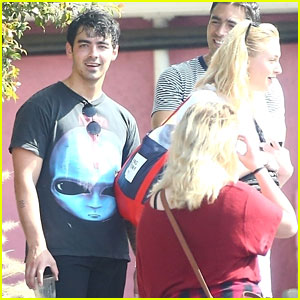 Joe Jonas is All Smiles While Leaving the Gym With Sophie Turner!