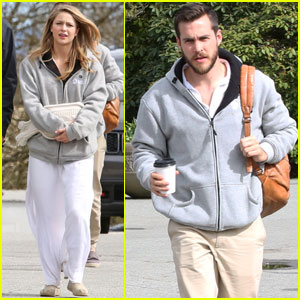 Melissa Benoist & Boyfriend Chris Wood Couple Up on 'Supergirl' Set