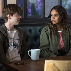 '13 Reasons Why' Fan Releases Full Trigger List You Need To Have For Season 2