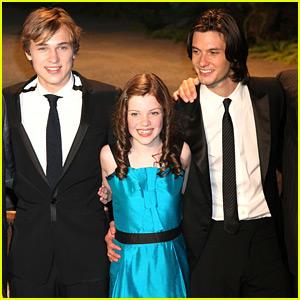 Narnia Stars Georgie Henley, William Moseley & Ben Barnes Celebrate 'Prince Caspian's 10 Year Anniversary