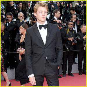 Joe Alwyn Looks Dapper at 'Solo: A Star Wars Story' Premiere in Cannes