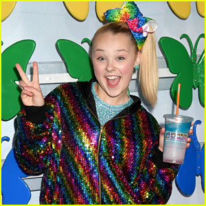 jojo siwa reveals why you ll never see her with her hair down