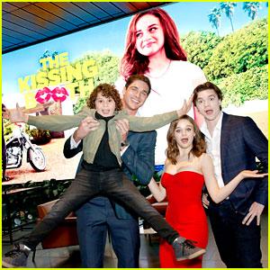 Noah Schnapp Teases 'Amazing' Season Three for 'Stranger Things'