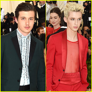 'Love, Simon' Actor Nick Robinson & Singer Troye Sivan Attend Met Gala for First Time!