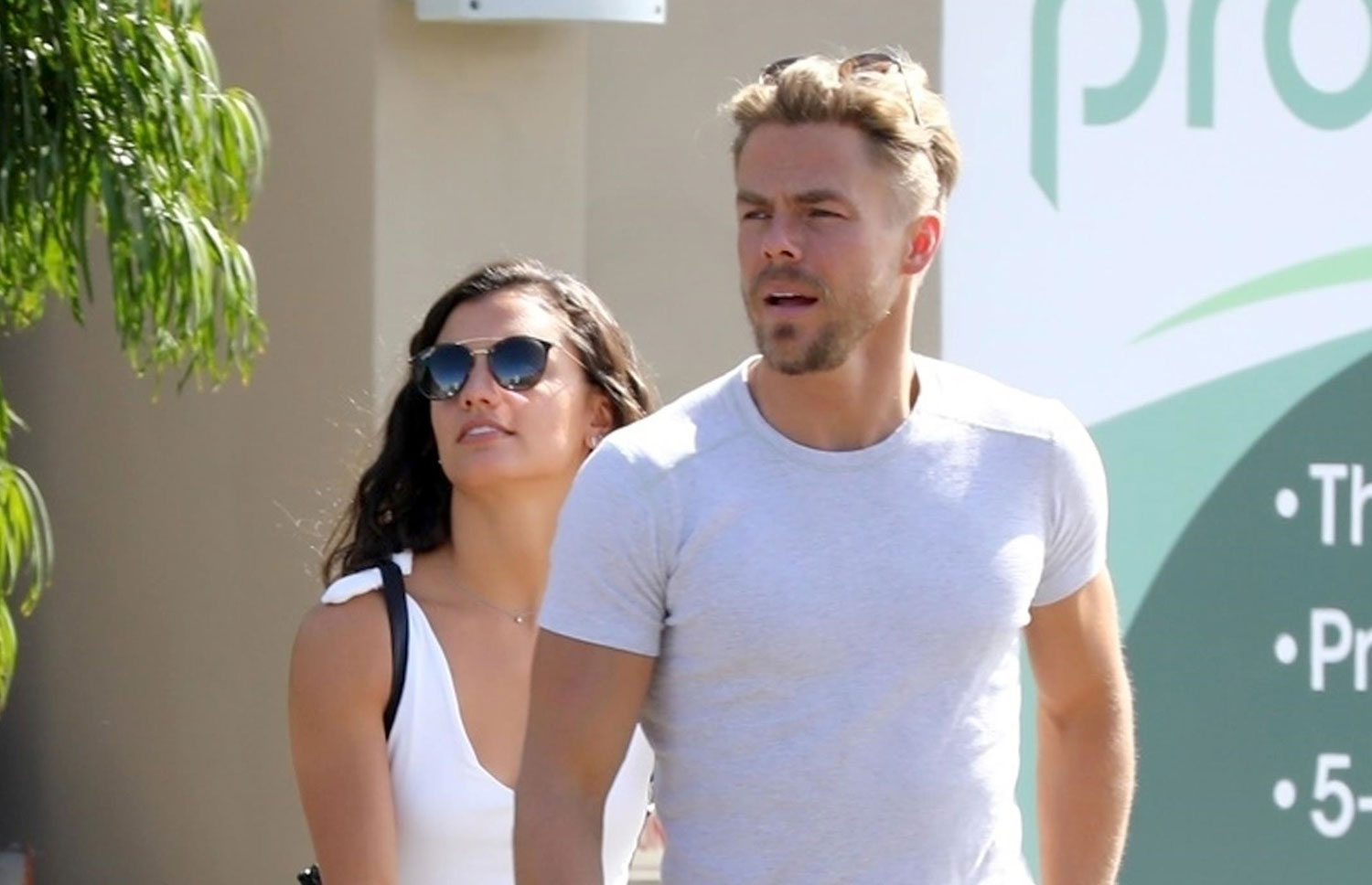 Derek Hough Amp Hayley Erbert Match In White Tees Amp Jeans