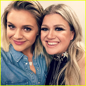 Kelly Clarkson Gushes Over Kelsea Ballerini Just Like You Do!