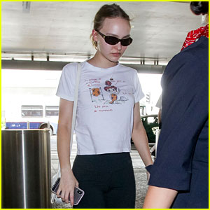 607f5a74c7a Lily-Rose Depp Heads to Paris in an Appropriately Themed Shirt ...