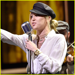 Miley Cyrus Hits the Stage at the AFI Tribute!