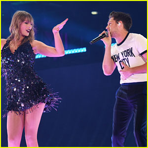 Niall Horan Joins Taylor Swift On Stage at 'Reputation Tour'