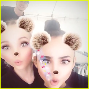 Thomas Doherty Photobombed Dove Cameron & Sofia Carson's Adorable Video!