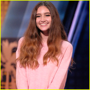 'America's Got Talent' Singer Makayla Phillips, 15, Gets Golden Buzzer - Watch Now!