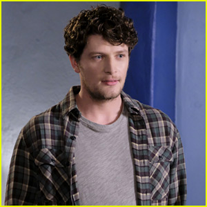 Brett Dier Teases That Final 'Jane the Virgin' Season Will 'Blow Your Mind'