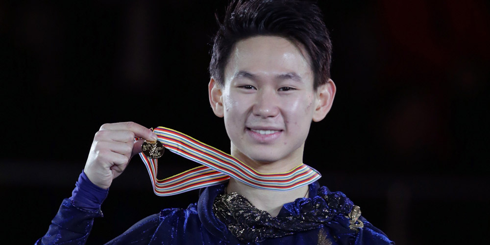 Figure Skaters Meryl Davis, Gracie Gold, Alex Shibutani & More Pay Tribute to Denis Ten After His Untimely Death